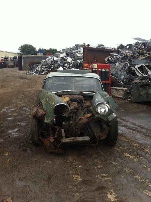 97905-96d3c-scrap-car